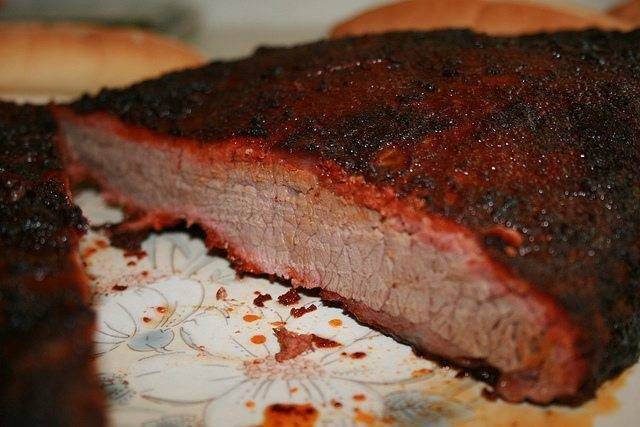 What's The Best Knife For Slicing Brisket?